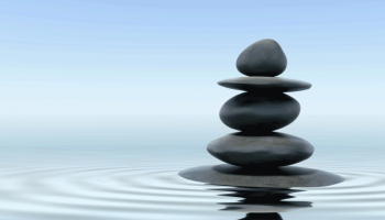 Meditation_water_rocks